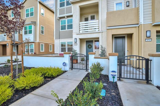 176 E Main Ave, Morgan Hill, CA 95037 (#ML81754149) :: The Goss Real Estate Group, Keller Williams Bay Area Estates
