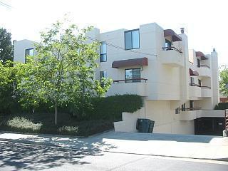 5 Bellevue Ave 1 - Photo 1