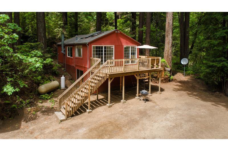 18305 Bear Creek Rd - Photo 1