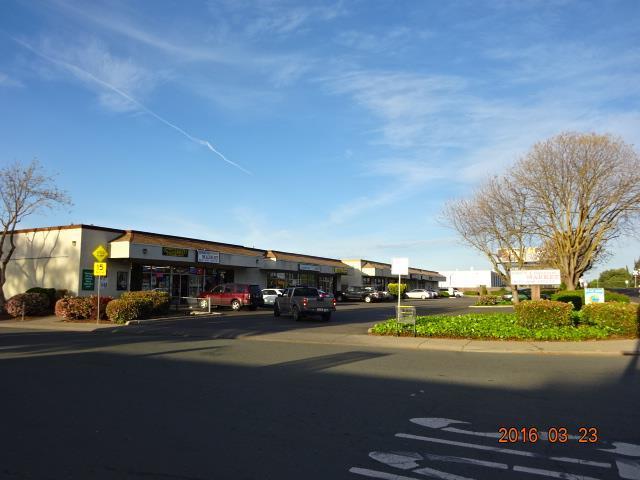 909 E Bianchi Rd, Stockton, CA 95207 (#ML81756322) :: Keller Williams - The Rose Group