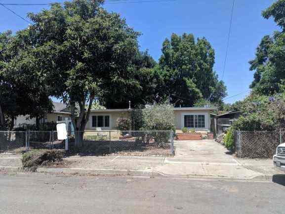 871 Lori Ave, Sunnyvale, CA 94086 (#ML81756993) :: The Goss Real Estate Group, Keller Williams Bay Area Estates