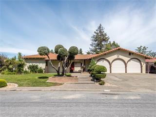 12389 Larchmont Ave, Saratoga, CA 95070 (#ML81759895) :: Brett Jennings Real Estate Experts