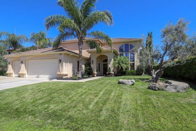 4050 Bella Vista St, Chowchilla, CA 93610 (#ML81763279) :: Strock Real Estate