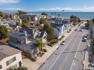 222 Seabright Ave, Santa Cruz, CA 95062 (#ML81763955) :: Intero Real Estate