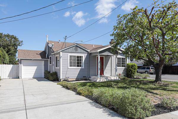1571 Union Ave, Redwood City, CA 94061 (#ML81767987) :: The Goss Real Estate Group, Keller Williams Bay Area Estates
