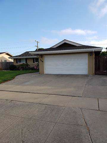 729 Saint Ann Dr, Salinas, CA 93901 (#ML81768412) :: RE/MAX Real Estate Services