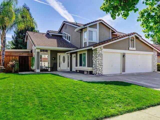 9420 Eagle View Way, Gilroy, CA 95020 (#ML81768522) :: The Realty Society