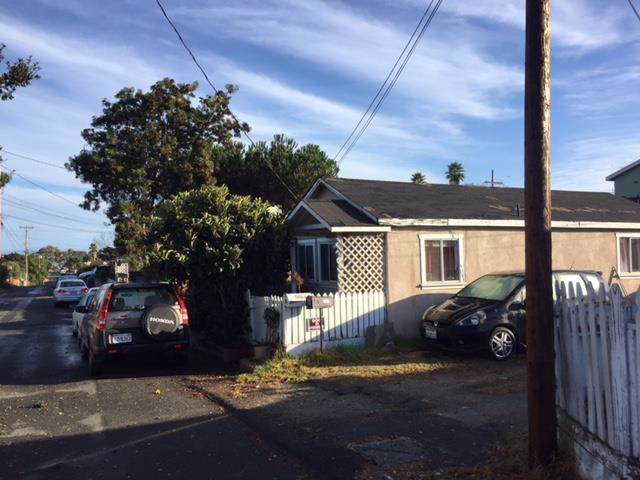 1454 Kenneth St, Seaside, CA 93955 (#ML81770670) :: Maxreal Cupertino