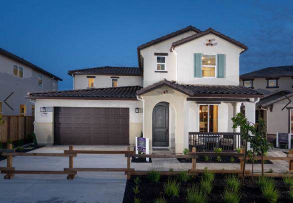 1206 Campania Way, Salinas, CA 93905 (#ML81773323) :: The Kulda Real Estate Group