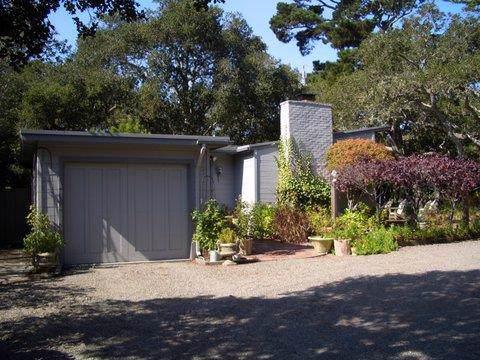 25962 Ridgewood Rd, Carmel, CA 93921 (#ML81776143) :: The Kulda Real Estate Group