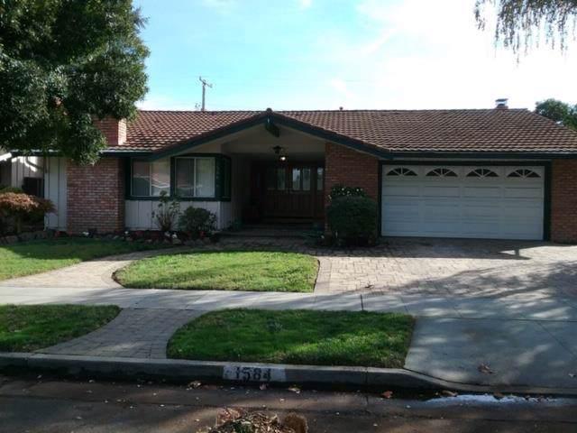 1584 Trona Way, San Jose, CA 95125 (#ML81776277) :: The Kulda Real Estate Group