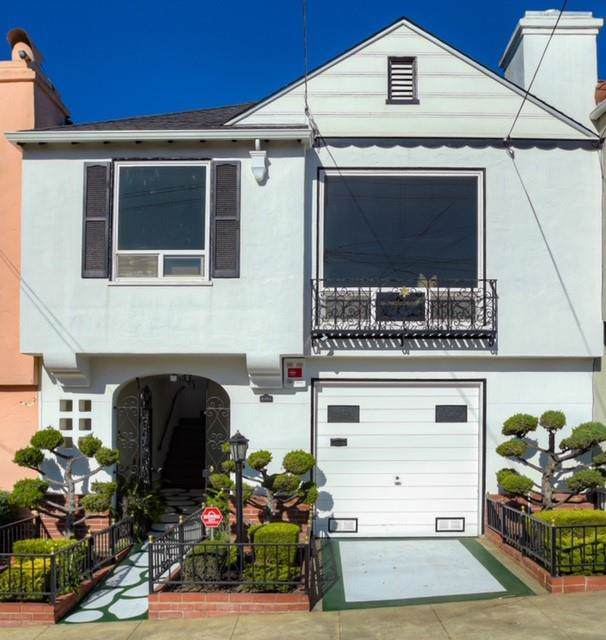 2426 Santiago St, San Francisco, CA 94116 (#ML81776777) :: The Sean Cooper Real Estate Group