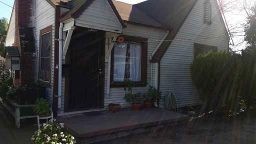 498 S Willard Ave, San Jose, CA 95126 (#ML81777216) :: The Kulda Real Estate Group