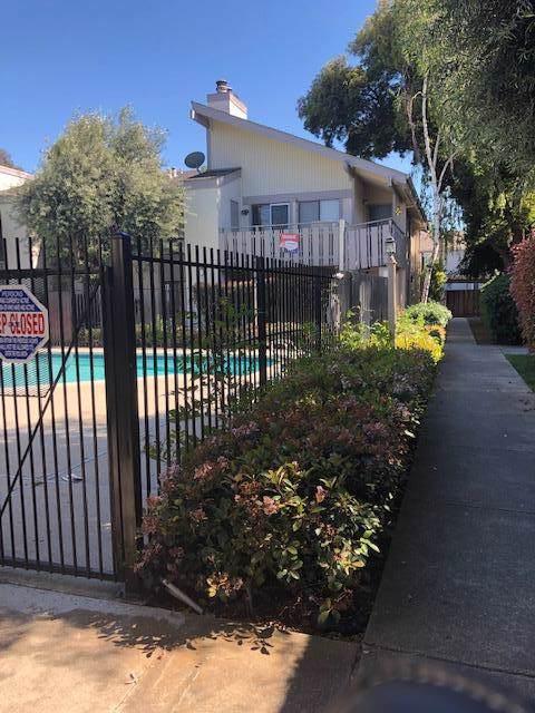 3819 Seven Trees Blvd 302, San Jose, CA 95111 (#ML81777363) :: The Sean Cooper Real Estate Group