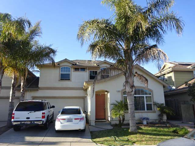 1297 Spark St, Greenfield, CA 93927 (#ML81785319) :: The Kulda Real Estate Group