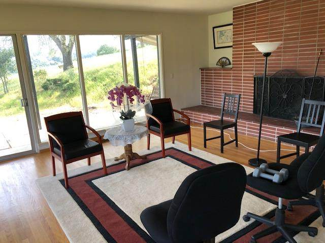 26464 Taaffe Rd, Los Altos Hills, CA 94022 (#ML81785693) :: Intero Real Estate