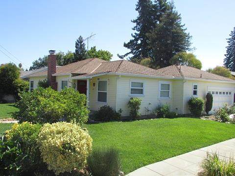 462 Sapphire St, Redwood City, CA 94062 (#ML81791285) :: The Gilmartin Group