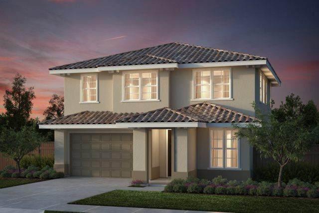 9 Campania Cir, Salinas, CA 93905 (#ML81792150) :: RE/MAX Real Estate Services