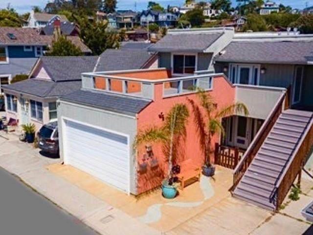 210 Stockton Ave, Capitola, CA 95010 (#ML81793042) :: RE/MAX Real Estate Services