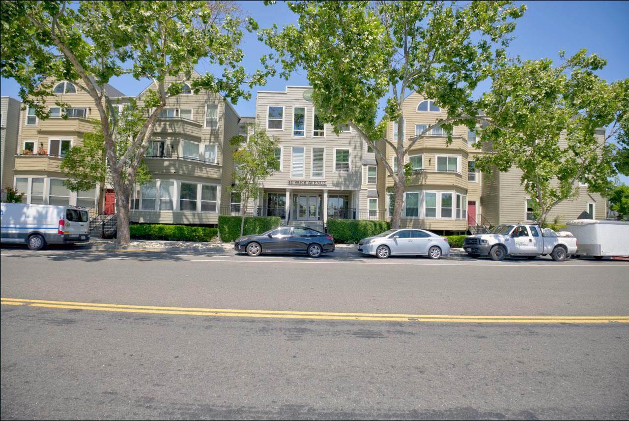 411 Park Ave 225 - Photo 1