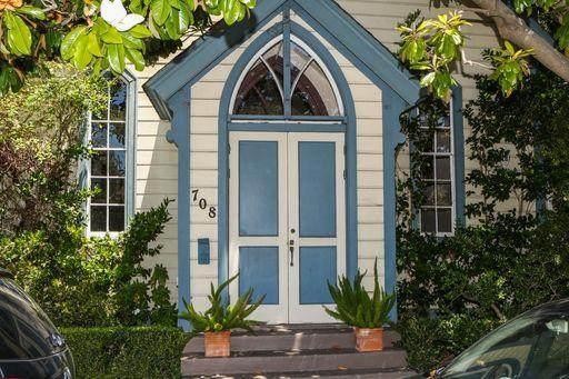 708 Washington St, Santa Cruz, CA 95060 (#ML81797798) :: Alex Brant Properties