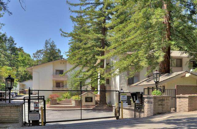 20812 4th St 11, Saratoga, CA 95070 (#ML81799028) :: The Goss Real Estate Group, Keller Williams Bay Area Estates