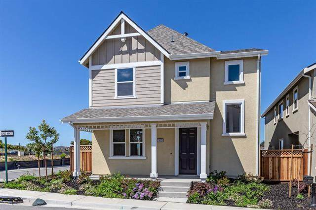 19034 Schofield Ln, Marina, CA 93933 (#ML81799500) :: Strock Real Estate