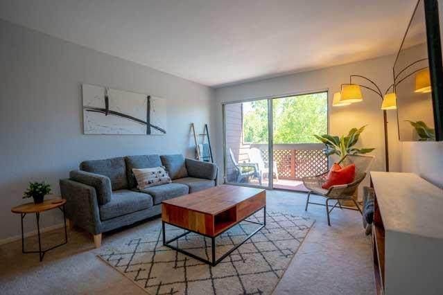 1110 Yarwood Ct, San Jose, CA 95128 (#ML81799641) :: The Goss Real Estate Group, Keller Williams Bay Area Estates
