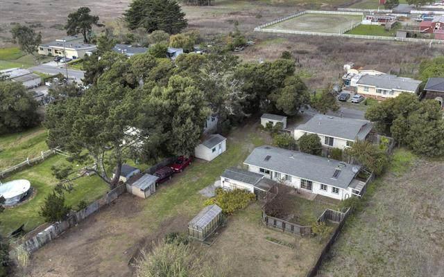 560 Dolores Ave, Half Moon Bay, CA 94019 (#ML81801335) :: Strock Real Estate