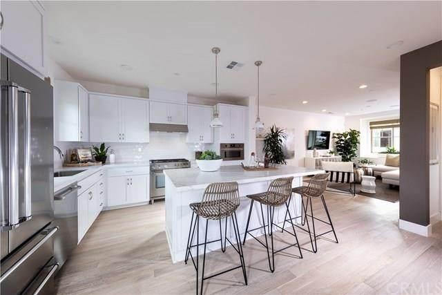 270 Ariana Pl, Mountain View, CA 94043 (#ML81803523) :: The Goss Real Estate Group, Keller Williams Bay Area Estates