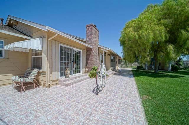 2317 Alisal Rd, Salinas, CA 93908 (#ML81805014) :: Strock Real Estate