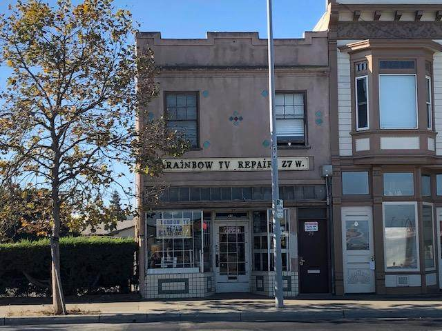 29 W Market St, Salinas, CA 93901 (#ML81810084) :: The Realty Society