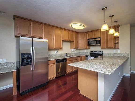 300 Glenwood Cir 286, Monterey, CA 93940 (#ML81810683) :: The Sean Cooper Real Estate Group