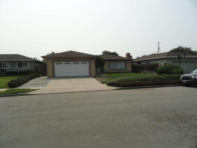 623 Santa Monica Way, Salinas, CA 93901 (#ML81811910) :: The Goss Real Estate Group, Keller Williams Bay Area Estates