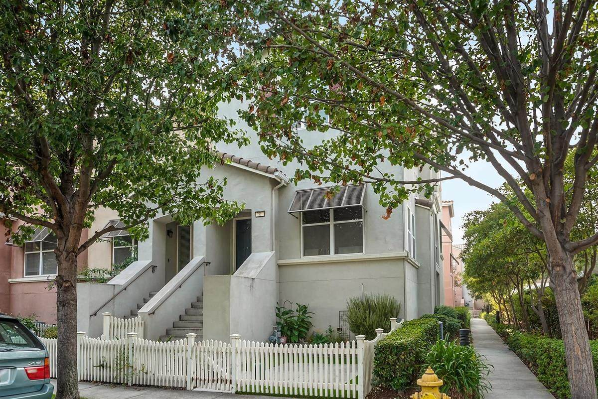 51 Willard Ave - Photo 1