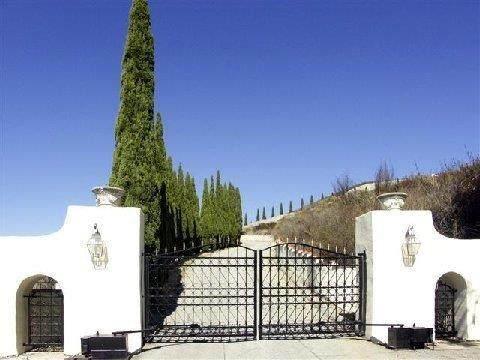 300 Country Club Hts, Carmel Valley, CA 93924 (#ML81816321) :: The Realty Society