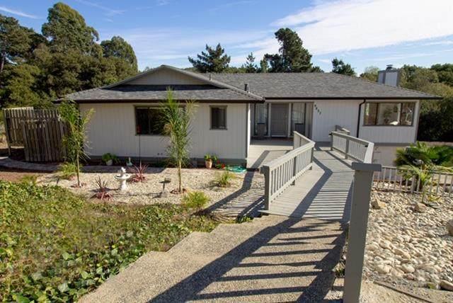 9857 Clover Trl, Salinas, CA 93907 (#ML81820529) :: The Goss Real Estate Group, Keller Williams Bay Area Estates