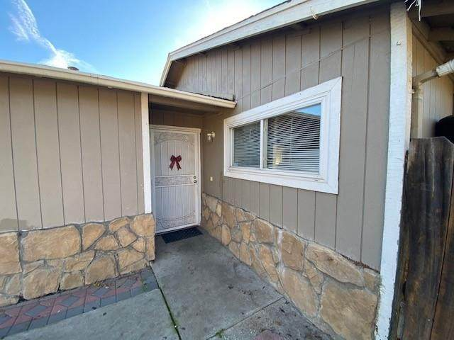 7585 Chestnut St, Gilroy, CA 95020 (#ML81826587) :: The Goss Real Estate Group, Keller Williams Bay Area Estates