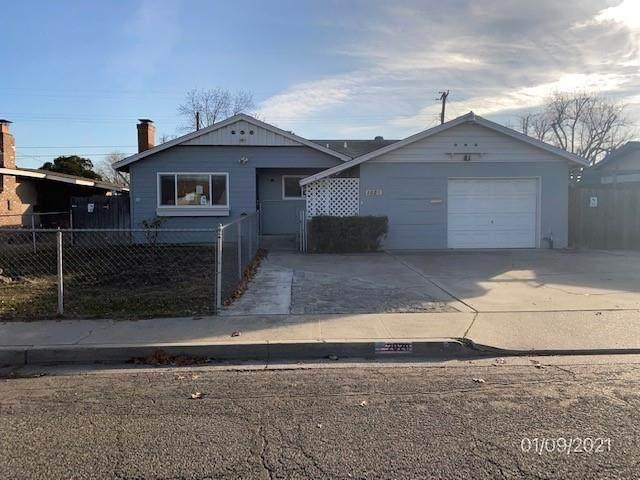 2020 Tokay Ave, Turlock, CA 95380 (#ML81826716) :: The Sean Cooper Real Estate Group