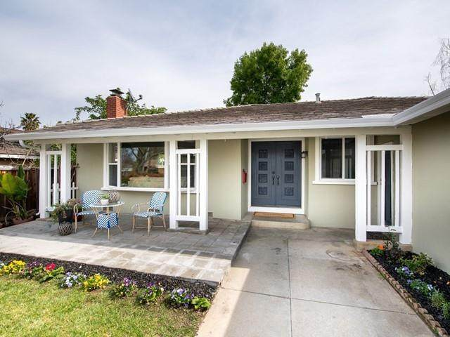 6074 Foothill Glen Dr, San Jose, CA 95123 (#ML81830838) :: Olga Golovko