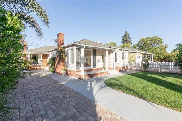 3711 Hoover St, Redwood City, CA 94063 (#ML81830954) :: Real Estate Experts