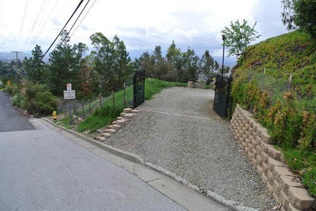 819 Boulder Dr, San Jose, CA 95132 (#ML81836457) :: Intero Real Estate