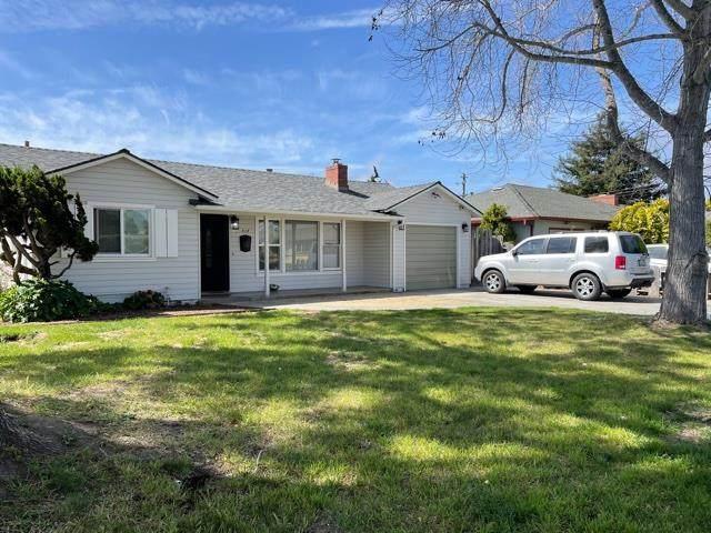 318 Chaparral St, Salinas, CA 93906 (#ML81837572) :: Alex Brant