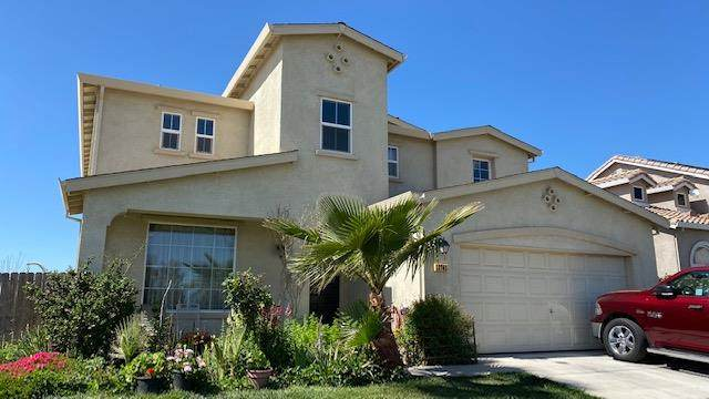 13703 Santa Lucia Dr, Gustine, CA 95322 (#ML81838420) :: The Sean Cooper Real Estate Group