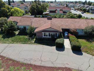 887 Kyle St, San Jose, CA 95127 (#ML81838558) :: Intero Real Estate