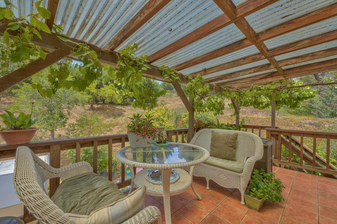 6874 Valle Pacifico Rd - Photo 1