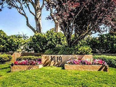 1919 Alameda De Las Pulgas 111 - Photo 1