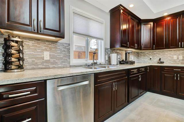 1451 Kavanaugh Dr, East Palo Alto, CA 94303 (#ML81845032) :: Paymon Real Estate Group