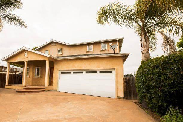 227 Prospect St, Watsonville, CA 95076 (#ML81845210) :: Alex Brant