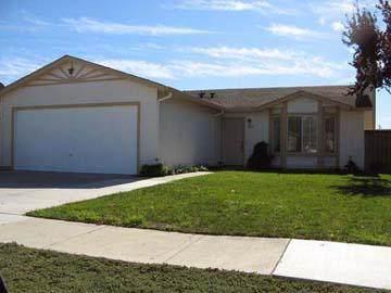 1634 Munras St, Soledad, CA 93960 (#ML81846175) :: Real Estate Experts